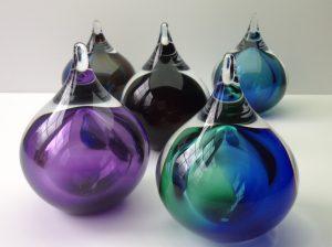As- bubble U31 kristalglas diverse kleuren Inh. 120 ml Afm. 14 cm € 79,00