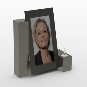 RVS photo Candle urn Inhoud 3,5 L Afm. 33x40x 16 cm € 645,00 Ook mogelijk met aluminium foto